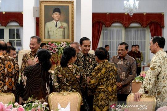 Luhut mengaku sering kesal saat ada yang merendahkan Jokowi