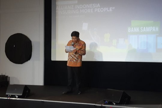 Allianz Indonesia dukung pengembangan bank sampah