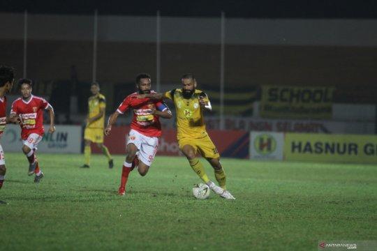 """""""Hattrick"""" Torres bawa Barito Putera lumat Perseru Badak Lampung FC"""