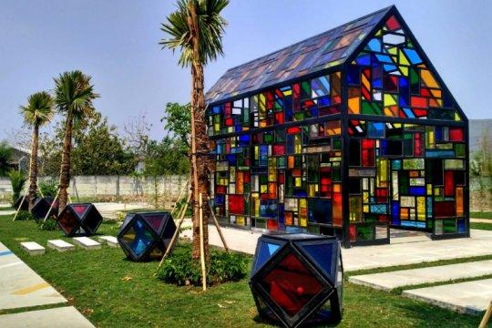 Taman Mozaik bisa jadi tujuan swafoto baru di Surabaya