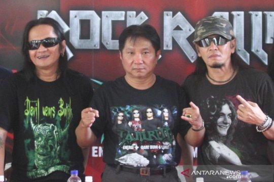 """Histori rock Indonesia, kiprah sang """"Dewa Rock"""""""