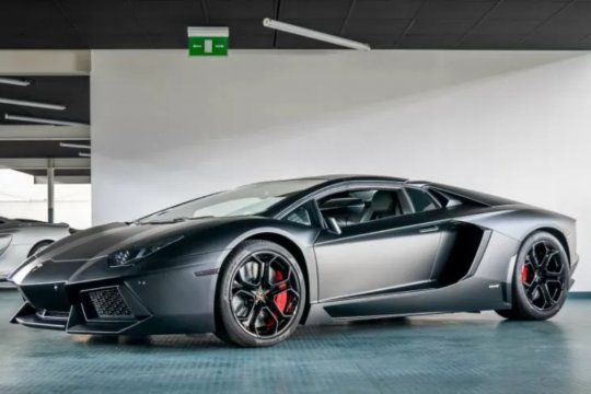 Lamborghini Raffi Ahmad terbakar, begini reaksinya menurut Irwansyah