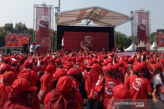 Pelantikan presiden, relawan Jokowi-Ma'ruf gelar 'nobar' di Monas
