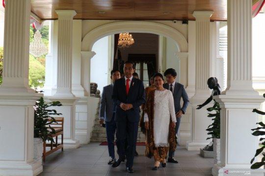 Presiden Jokowi tinggalkan Istana Merdeka menuju gedung MPR