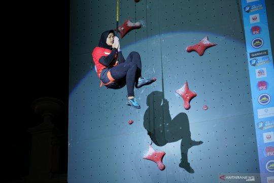 Aries Susanti raih juara dunia kejuaraan panjat tebing di China