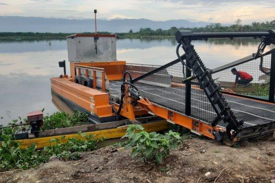 Gorontalo-Pindad jajaki kerjasama tangani eceng gondok Danau Limboto
