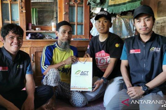 ACT Sulsel-Kitabisa Bantu Warga Miskin Bangun Rumahnya