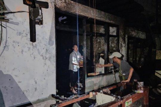 183 warga Bidaracina kehilangan rumah akibat kebakaran