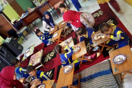 Program makanan tambahan sasar 893 Pos PAUD Terpadu Surabaya