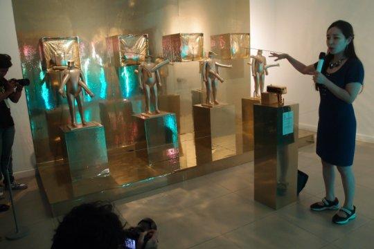 Pameran seni rupa masa depan