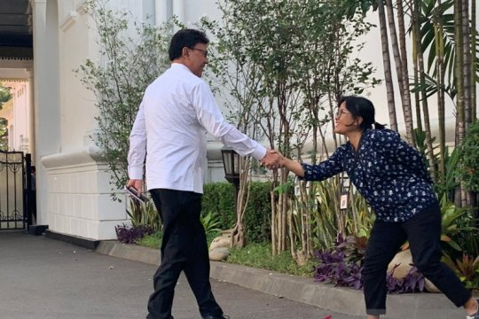 Tjahjo Kumolo ke Istana diikuti Sofyan Djalil dan Bambang Brodjonegoro
