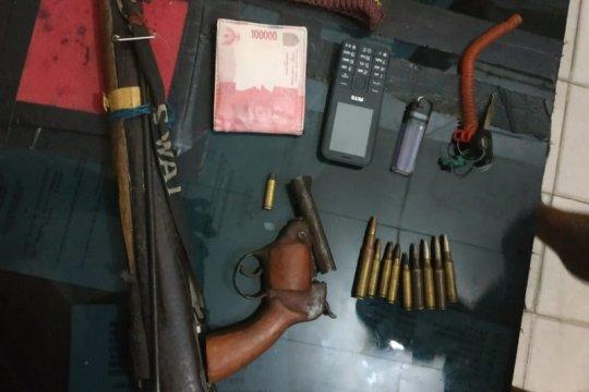 Polisi amankan dua pucuk senpi ilegal di Manokwari