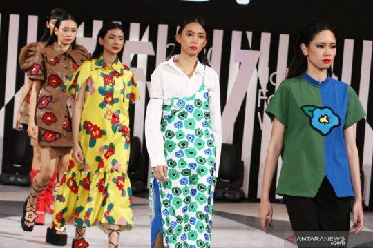 Hari ini, Jakarta Fashion Week hingga pameran seni rupa