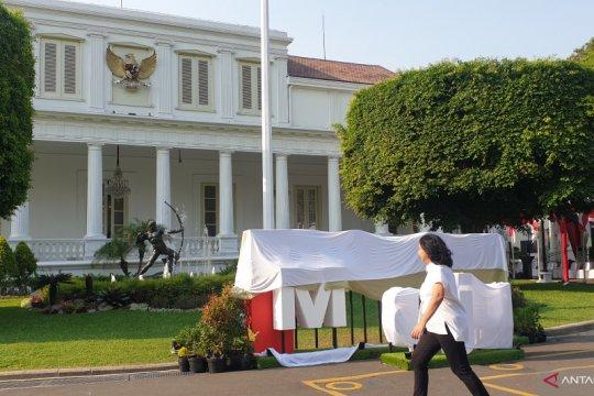 Gerai foto pelantikan kabinet hiasi halaman istana