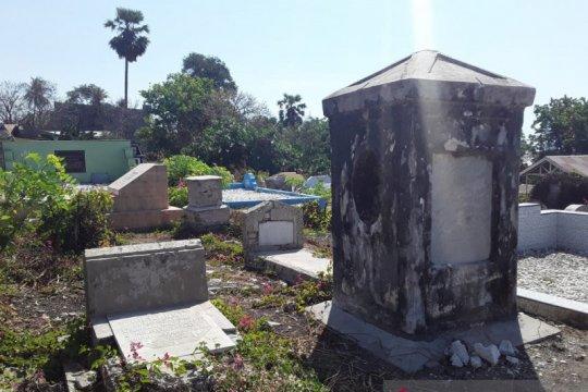 Pekuburan Belanda, potensi objek wisata Kupang yang telantar