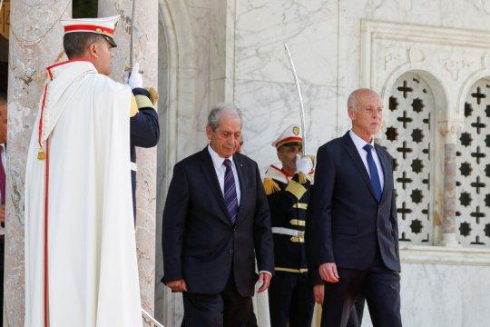 Bom bunuh diri terjadi di depan Kedubes AS di Tunisia