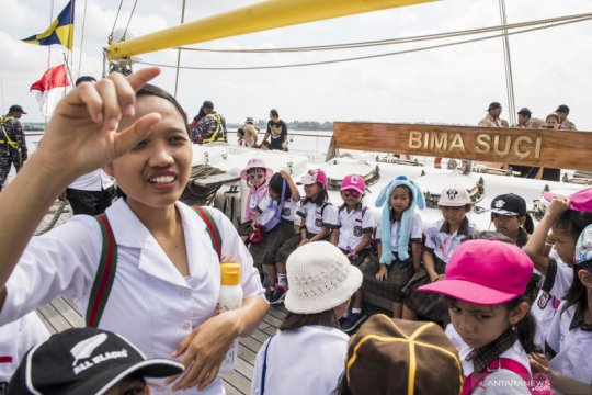 Open Ship KRI Bima Suci di Bali