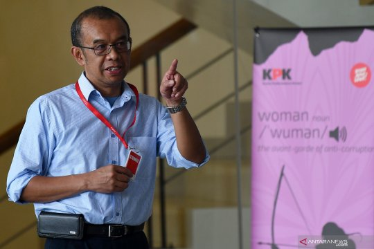 KPK periksa Sesmenpora dalam kasus dugaan suap KONI