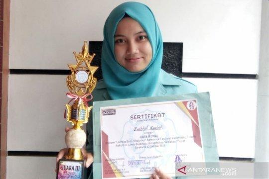 Mahasiswa UNS jajaki pasar produk Complong Kebumen