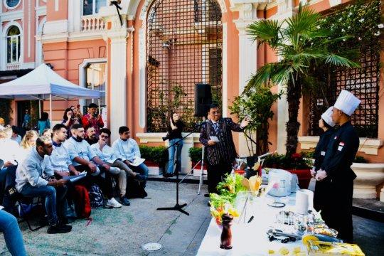 Warga Italia nikmati kuliner Indonesia di Kampung Jajan Campania