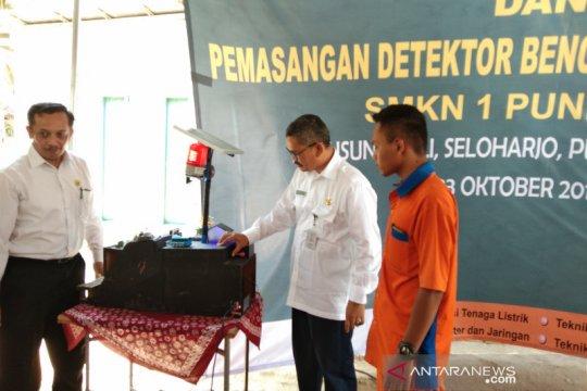 BPBD harap alat deteksi tanah longsor SMKN Pundong terus dikembangkan