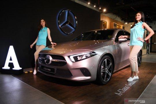 Merugi di kuartal kedua, Daimler setop produksi sedan di AS