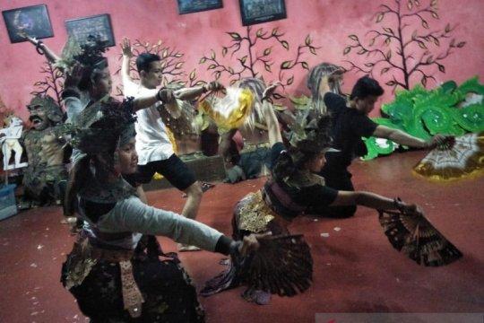 Sanggar Seni Gumiart sajikan 6 tari kontemporer dalam FSBJ 2019