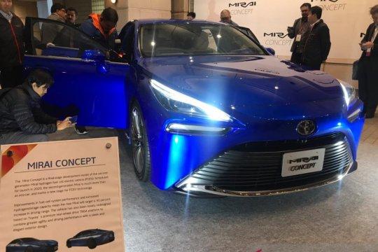 Kerennya mobil hidrogen Toyota Mirai baru di Tokyo Motor Show