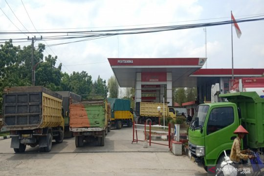 Sopir truk berharap pelangsiran solar subsidi bisa diberantas