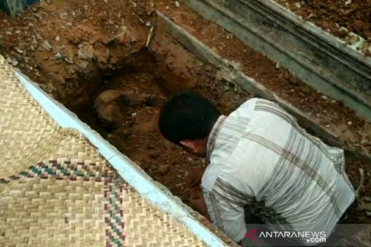 Polisi temukan mayat dalam kondisi dicor semen di Palembang