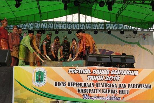 """Festival Danau Sentarum hadirkan perempuan ikut """"cross trobos"""""""