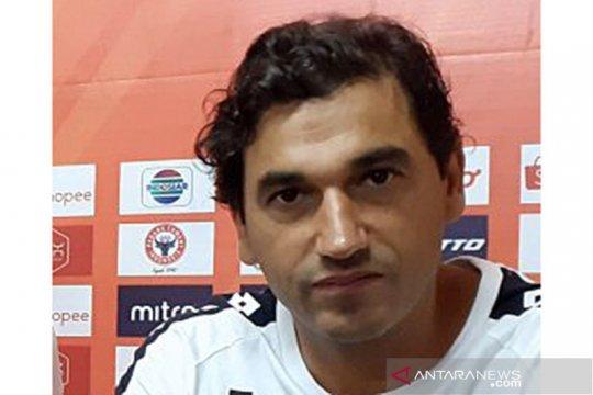 Pelatih Semen Padang puji pemain meski bermain imbang