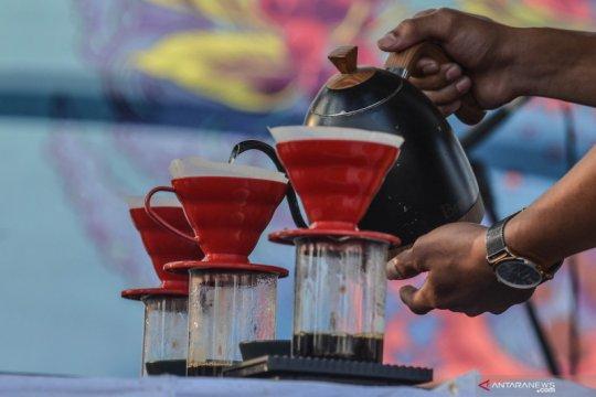 Penggunaan dana kelurahan di Yogyakarta dari bangun MCK hingga barista