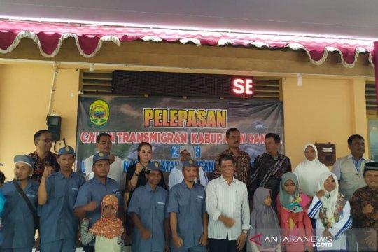 Calon transmigran tujuan Sultra dari Bantul-Yogyakarta dilepas resmi