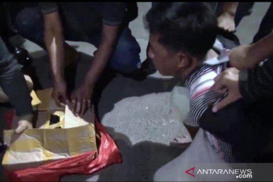 BNNP Jatim sita 4,1 kilogram sabu dari penumpang bus antarprovinsi
