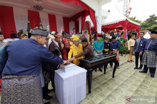 PLN resmikan penyalaan listrik 27 desa di Kepri