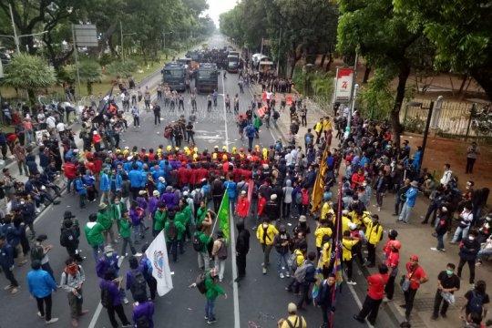 Massa Indonesia Memanggil bubarkan diri