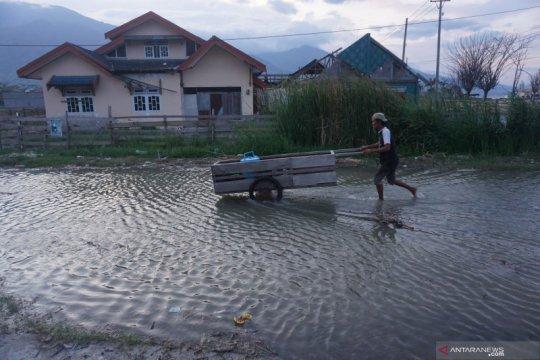 Kemarin Palu hadapi risiko banjir, Pontianak kota berudara terbersih