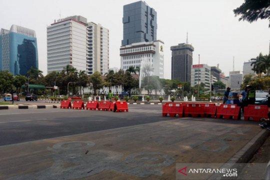 Persiapan demo, Jalan Medan Merdeka Barat kembali ditutup