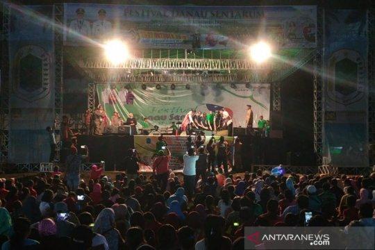 Festival Danau Sentarum dipadati ribuan pengunjung saat penutupan