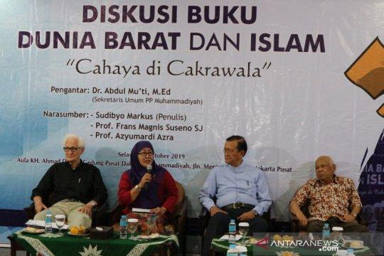 Azyumardi: Tantangan Muslim adalah hidup Islami
