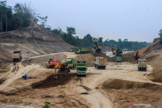 Pembangunan jalan tol Serang-Panimbang