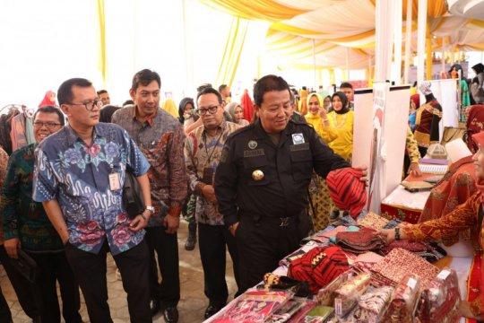Gubernur Arinal dorong pengrajin batik Lampung ciptakan kreasi baru