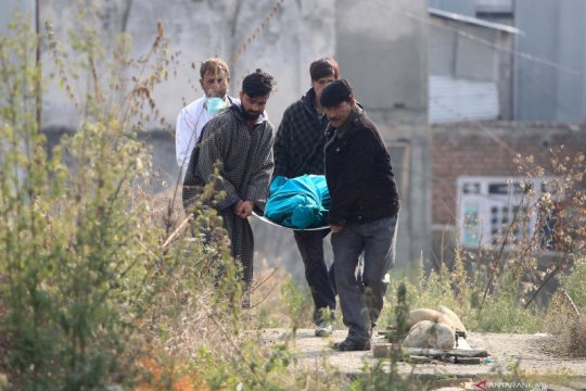 Granat meledak di Kashmir sebabkan satu tewas, 14 luka-luka
