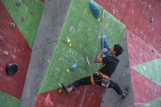 Latihan atlet panjat tebing jelang ajang Asian Championship 2019 di Bogor