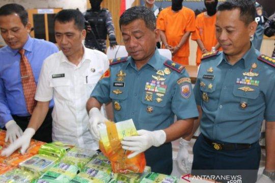 Lanal Palembang tingkatkan patroli di perairan Sumsel-Jambi