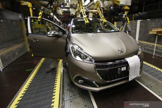 Restu Prancis untuk merger Fiat-Peugeot