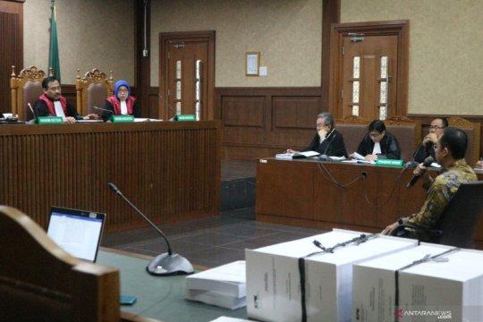Jaksa sebut artis-artis yang terima hadiah dari Wawan