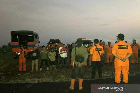 Tim SAR gabungan hentikan pencarian dua pendaki hilang di Gunung Dempo