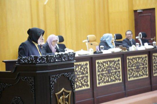 Jawaban Wali Kota Surabaya yang diinterupsi anggota DPRD